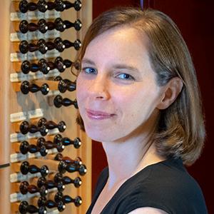 Anne Laver, Organist